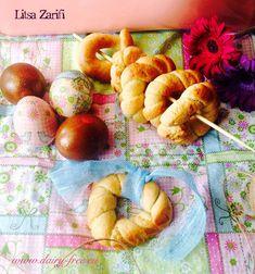 Νόστιμαπασχαλινά κουλουράκια με μέλι και λάδι καρύδας.  Εκτύπωση Συνταγή: Litsa Zarifi Υλικά 1200 γρ. αλεύρι για όλες τις χρήσεις (αν κολλάει η ζύμη στα χέρια χρειάζεται περισσότερο) 125 γρ.…