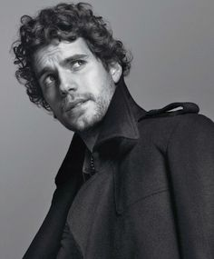 Take another gander at this curly headed beauty | Henry Cavill
