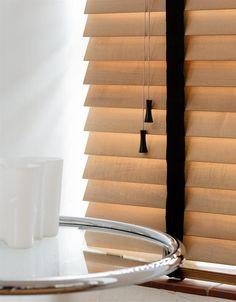 Les stores v nitiens en 50 photos terrasse pinterest Stores petites fenetres