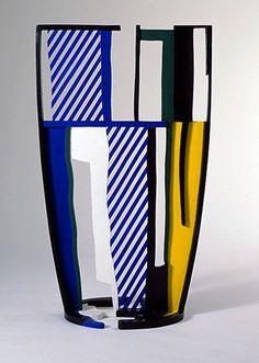 Glass IV - Roy Lichtenstein 1977. I love Roy Lichtenstein.    C' est un verre d'ART