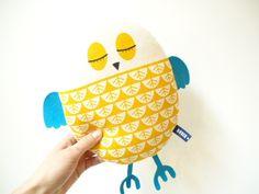 *O IS FOR OWL - OWL IS FOR YOU!* Ein Eule für's Sofa, Bett oder auch für'n Kinderwagen. Das Eulenkissen ist handbedruckt; Du hast die Wahl zwisc