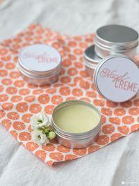 DIY nail cream with mandarin scent - small DIY gift idea - Drabekld Cream Nails, Diy Nails, Small Gifts, Diy Beauty, Making Ideas, Party Favors, The Balm, Tricks, Diys