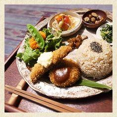 羽釜で炊いた炊き立てご飯が自慢の玄米菜食カフェ「Rice Terrace Café」