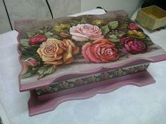 Porta joias rosas