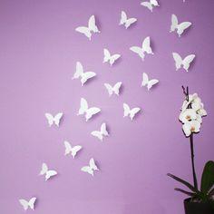 """Wandkings """"Schmetterlinge im 3D-Style"""" in WEIß zur Wanddekoration, 24 STÜCK im Set mit Klebepunkten zur Fixierung"""