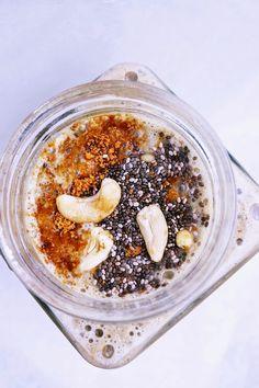 http://veganpopcuisine.blogspot.com/2014/10/raw-bananowo-proteinowy-shake.html