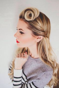 Omg love this '40s Pin Up Inspired  hairstyle! So pretty! :: Victory Rolls:: Retro Pin up hair:: Vintage hair:: 1940s