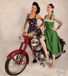 Jawa Perak 350cc  More photos on - http://ift.tt/1MOOLiU (Link in Profile) | #jawa | #jawamotorcycles.com | #idealjawa| #2stroke | #chrome | #Cz | #biker | #motorcycles | #imtheindianbiker | #yezdi | #yjoci | #retro | #czech | #vintage | #vintagestyle |#india | #motorbike | #caferacer | #bikeporn | #instamotogallery | #dirt | #bike | #picoftheday | #gopro #womenwhoride