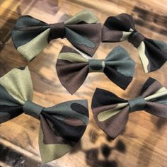 camoflage bows by LittleMsSprinkle on Etsy, $5.00