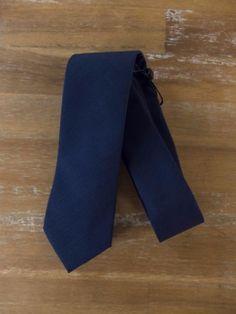 auth BRUNELLO CUCINELLI navy blue wool tie - NWOT