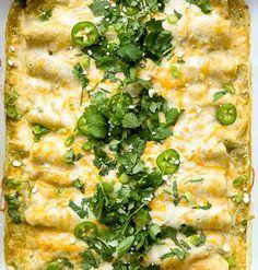 Chicken and White Bean Enchiladas with Creamy Salsa Verde – WW Recipes & Tips.