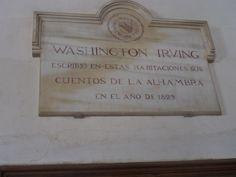 La placa en la habitacion de Washington Irving de la Alhambra.