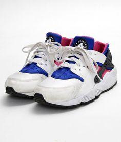 3b5b8490ede86 Nike Air Huarache OG White Game Royal-Dynamic Pink