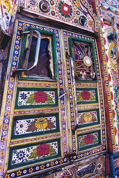 Decorated lorry door, Karakoram Highway, Pakistan, August 2001 | Flickr - Photo Sharing!