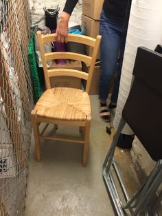 FINN – Stol selges Chairs, Furniture, Home Decor, Decoration Home, Room Decor, Home Furnishings, Stool, Side Chairs, Home Interior Design