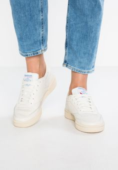 d35775eec874e CLUB C 85 - Sneaker low - chalk paper white blue   Zalando.de 🛒. Vintage  BasketsReebok Club CClassic ...