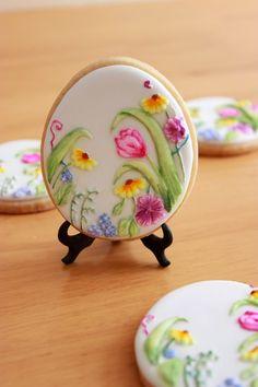 """Galletas """"Huevos de Pascua"""" pintadas a mano / Hand Painted Easter Egg Cookies"""