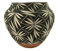 Acoma Pottery Jar - Mike Torivio. 1/5, 2am