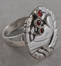 Beautiful Rare Georg Jensen bird ring Vintage excellent conditon Sterling silver and carnealian cabochons