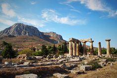 Knapp 1100 km ging unser Roadtrip über die Peloponnes im Herbst 2016 Beautiful Places To Travel, Beautiful Beaches, Olympia, Corinth Canal, Europe Holidays, Greece Holiday, Hotels, Fishing Villages, Roadtrip