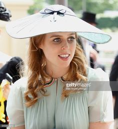 Princess Beatrice and Sarah Ferguson, Duchess of York attend day 4 of Royal Ascot at Ascot Racecourse on June 2016 in Ascot, England. Get premium, high resolution news photos at Getty Images Royal Ascot, Royal Uk, Duchess Of York, Duke And Duchess, Princess Eugenie And Beatrice, Princess Haya, Queen Victoria Prince Albert, Eugenie Of York, Style Royal