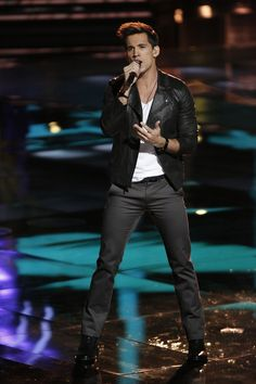 Vote for Dez Duron!  #Playoffs #TheVoice