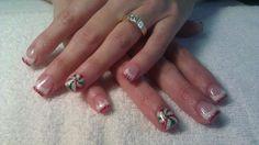 Glitter Christmas gel nails