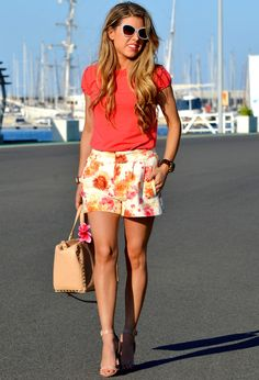 Floral Shorts Outfit Ideas