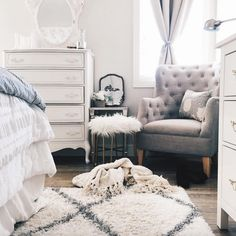 Visit decorare-designs.blogspot.com for more home decor ideas