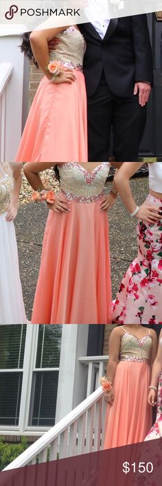 Sherri Hill Prom dress size 4 This is a size 4, straps can be removed, it was hemmed bc I wanted a trail. Sherri Hill Dresses Prom