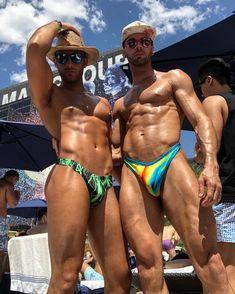 Pure Lycra and Spandex guys Swimming Outfit, Man Swimming, Hot Men, Sexy Men, Guys In Speedos, Hot Hunks, Muscular Men, Athletic Men, Older Men