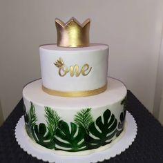 - cake by Jungle Theme Cakes, Jungle Theme Birthday, Safari Cakes, Safari Baby Shower Cake, Gateau Baby Shower, Baby Boy 1st Birthday Party, First Birthday Cakes, 1st Birthdays, Birthday Photos