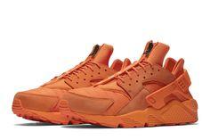 Zip-Up Nike Air Huarache Run in Orange Blaze