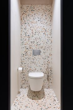 Image 14 of 25 from gallery of Duravit Zone in Showroom / Evgeny Neimand. Photograph by Dmitrii Tsyrencshikov Bathroom Design Luxury, Bathroom Layout, Modern Bathroom Design, Modern Toilet Design, Small Toilet Design, Contemporary Interior Design, Contemporary Bathrooms, Bathroom Storage, Toilet Room Decor