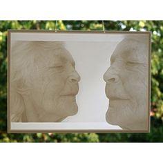 """Lithophanie """"Gedenken und Trauer"""" nach eigenem Motiv an Fenster, © Lithophanie24.de"""