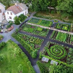 Hovelsrud Farm, historic garden reconstruction in helgøya island, hedmark, Norway. Photo- instagram.com/hovelsrudhagen/