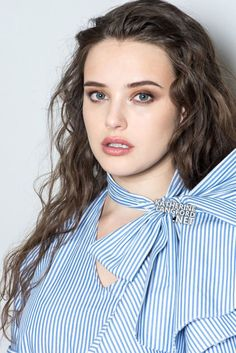 Katherine Langford for Marie Claire Hollywood Actress Photos, Hollywood Celebrities, Billie Eilish, Thirteen Reasons Why, 13 Reasons, Alex Standall, Cute Beauty, Film Serie, Beautiful Actresses