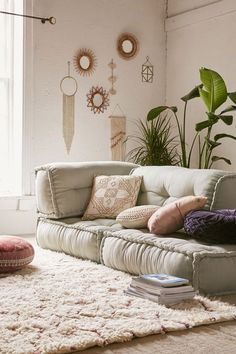 25 Ideas Living Room Floor Cushions Furniture For 2019 Moroccan Decor Living Room, Boho Living Room, Living Room Decor, Bedroom Decor, Wall Decor, Bohemian Living, Modern Bedroom, Diy Wall, Bedroom Ideas