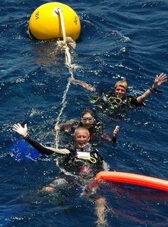Similan Dive Guide happy divers www.similandiveguide.com