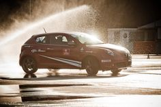 Alfa MiTo: the most compact sports car Driving Courses, Henry Ford, Alfa Romeo, Relax, Car, Vehicles, Compact, Modern, Sports