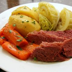 Crockpot Corned Beef and Cabbage Recipe Main Dishes with potatoes, carrots, celery, beef brisket, cabbage, black pepper, water