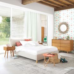 Vintage style bedroom | FEEL cotton rug in grey 155 x 230cm | Maisons du Monde