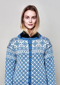 42 norske kofter - fra Lindesnes til Nordkapp - 9200143b Hooded Jacket, Athletic, Knitting, Blouse, Jackets, Knits, Tops, Women, Fashion