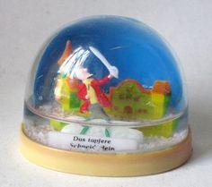 Vintage Das Tapfere Schneiderlein Movie Snow Globe/ Water Dome Collectible #144