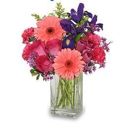 spring wedding flower arrangements   Picturesque Wedding With Garden Of Eva   Celebration Advisor - Wedding ...