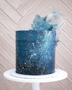 12th Birthday Cake, Blue Birthday Cakes, Elegant Birthday Cakes, Beautiful Cake Designs, Beautiful Cakes, Amazing Cakes, Anime Cake, Galaxy Cake, Blue Cakes