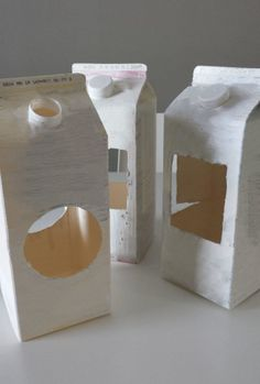 Milk & Juice Cartons Into Bird Feeders Do-It-Yourself Ideas Recycled Cardboard Recycled Packaging diy homemade Milk & Juice Cartons Into Bird Feeders Bird Feeder Craft, Hanging Bird Feeders, Bird Feeders For Kids To Make, Milk Carton Crafts, Cardboard Recycling, Homemade Bird Feeders, Milk Box, Bird Boxes, Recycled Crafts