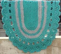 Alfombra de totora (trapillo) Ovalada de 1.20 Mt. En Baires City Craft, realizamos alfombras tejidas de acuerdo a tu gusto y necesidad. Seguinos!