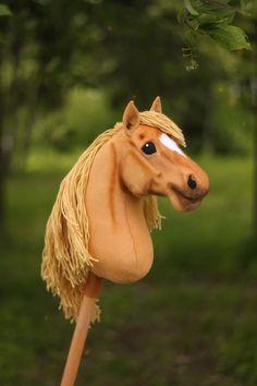 Stick Horses, Hobby Horse, Flower Centerpieces, Beautiful Horses, Cute, Artist, Animals, Instagram, Videos