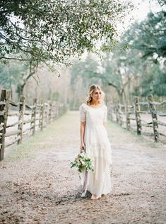 5 minutes with... Florida wedding photographer Nikki Neswick via Magnolia Rouge